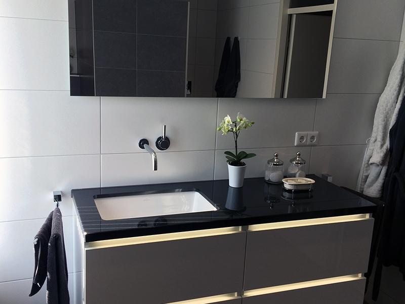 Strakke en moderne badkamer | Bouwcenter